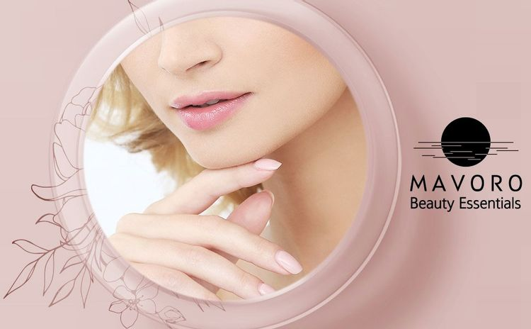 Magnifying compact mirror with 3 strong suction ciups